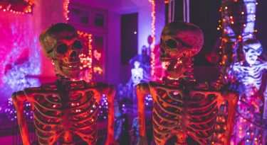 Make Your House's Exterior Spooky And Scary For Halloween With These Tips!